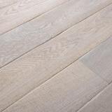 Třívrstvé dřevěné podlahy - Dub Rustikal katrovaný, bílý olej