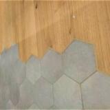 Podlahové lišty a naše práce s detaily - hex čistý dořez