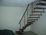 Ukázky realizací - obložení schodiště - Masivní chody BUK mořený