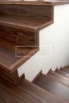 Obložení a renovace schodů - obložení schodů Ořech 3-vrstvé prkno