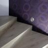 Ukázky realizací - obložení schodiště - Obložení schodů, kobercový obklad s negativní spárou - Dub bělený OLYMP