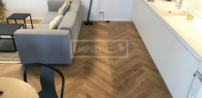 Podlahy Dub rustikal jemný kartáč, fáze, přírodní olej