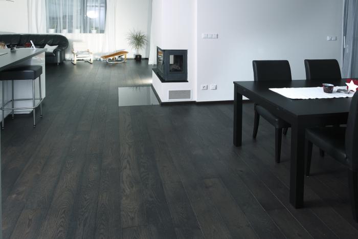 Třívrstvá dřevěná podlaha Dub Rustikal Nero