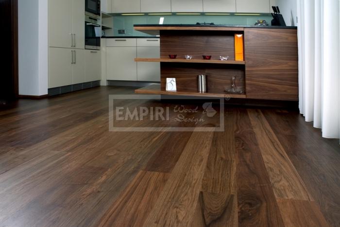 Třívrstvá dřevěná podlaha Asijský ořech