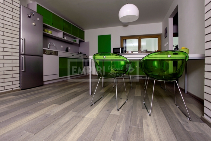 Třívrstvá dřevěná podlaha Dub greystone