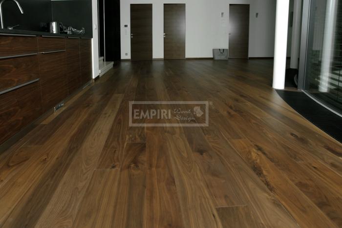 Třívrstvá dřevěná podlaha Americký ořech