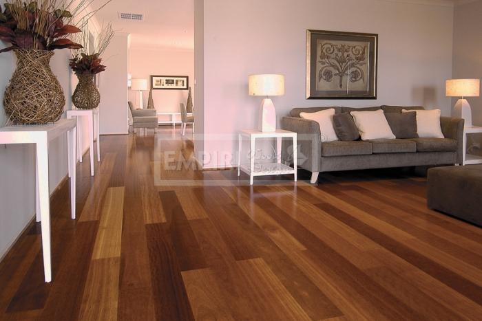 Třívrstvá dřevěná podlaha Iroko