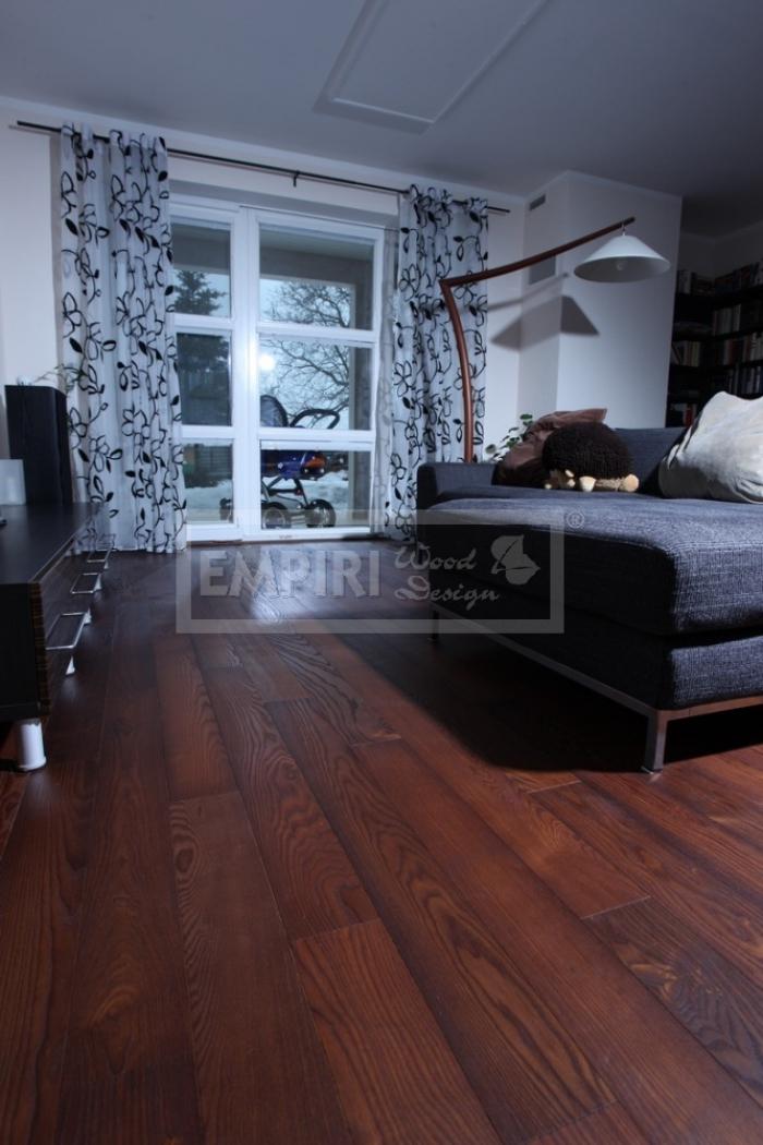 Třívrstvá dřevěná podlaha Jasan thermo kartáčovaný