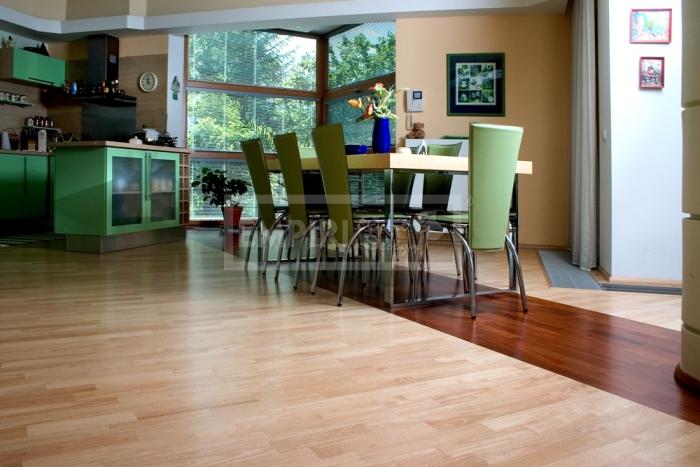 Třívrstvá dřevěná podlaha Hevea 3-lamela