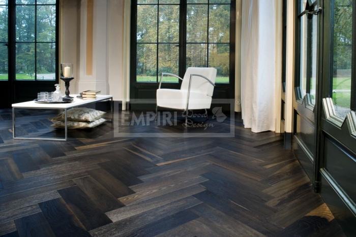 Dvouvrstvá dřevěná podlaha Dub kouřový CHEVRON Francouzský vzor
