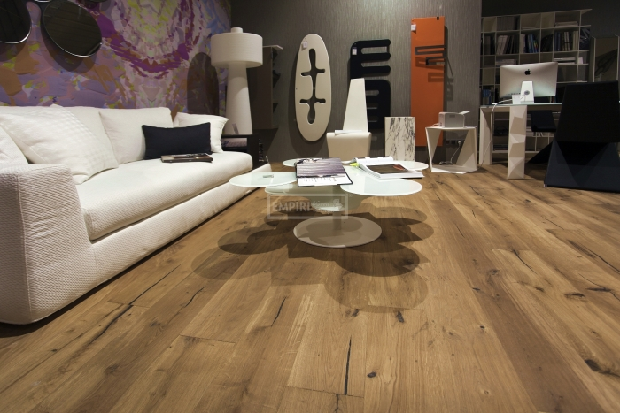 Třívrstvá dřevěná podlaha Dub Mountain Sahara Solidfloor Vintage