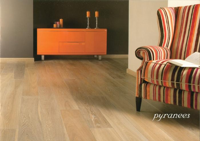 Třívrstvá dřevěná podlaha Dub Pyranees Solidfloor Vintage