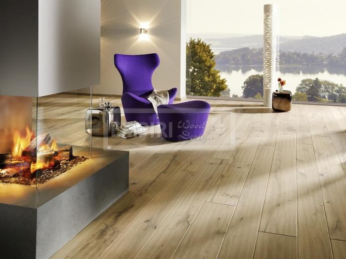 Třívrstvá dřevěná podlaha Dub Phöenix, ručně škrábaný, hoblovaný