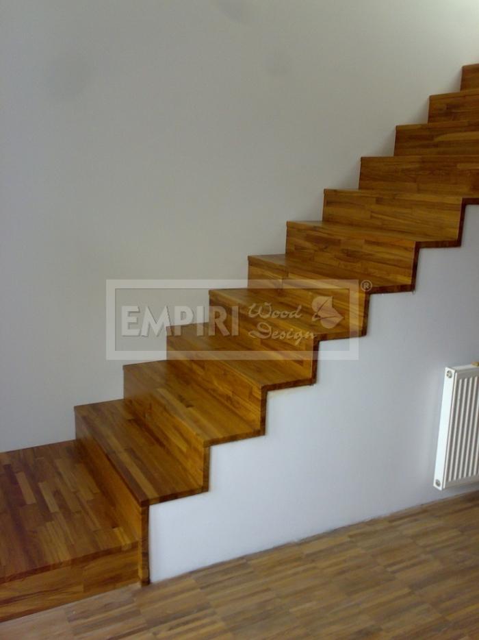 Dřevěné schody Masivní schody TEAK stupně