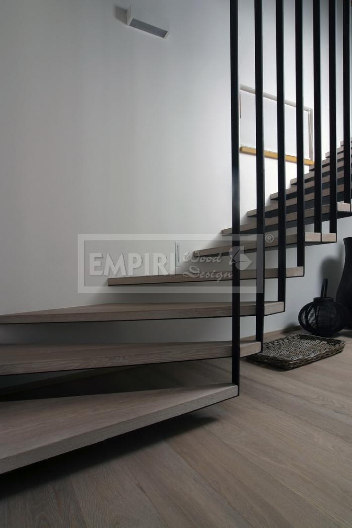 Dřevěné schody Masivní schody DUB bělený