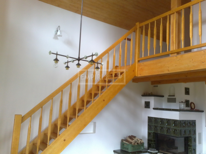 Dřevěné schody Masivní schody SMRK