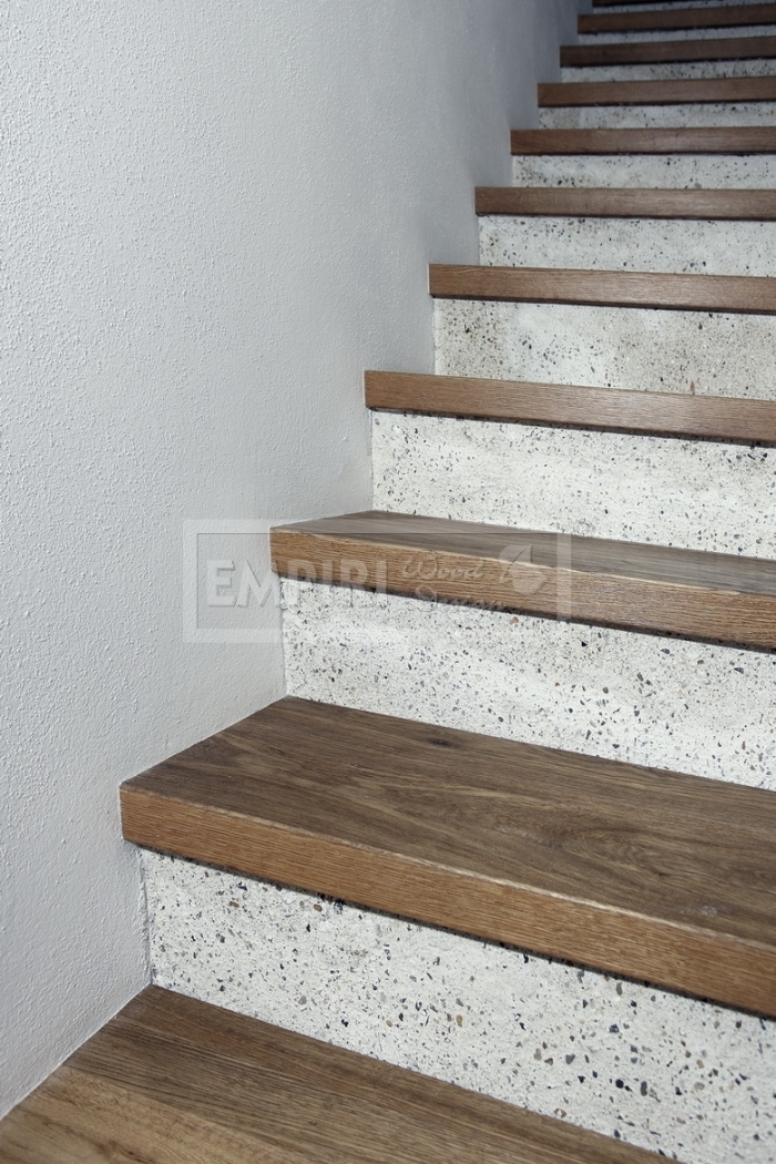 obložení schodů Dub Solidfloor Nevada