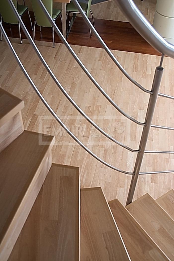obložení schodů Hevea 3-lamela