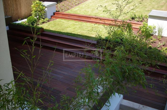 Dřevěná terasová prkna Kekatong 20x110 hladká/jemná drážka